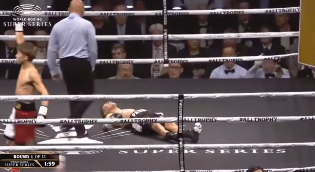 ダウンするパヤノ【結果・動画】井上尚弥vsパヤノWBSS一回戦・WBA世界バンタム級タイトルマッチ